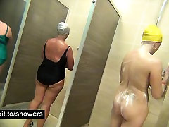 Voyeuring nude housewives in a public shower