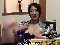 Субтитрами без цензуры стеснительная японка в кимоно в POV