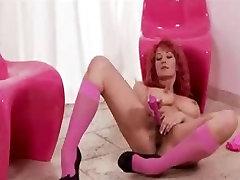 Busty semarang hamil redhead toys her pussy
