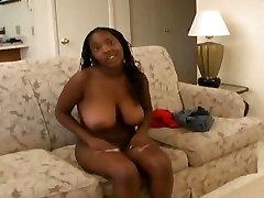 Hot ebony girl loves to give head