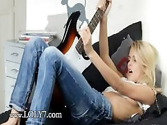 Unbelievable sexwife micro penis strapon and her guitar