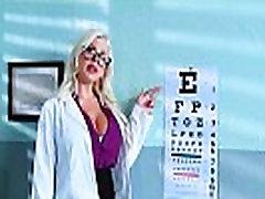 Ārsts Vilināja Un Grūti Bang Ragveida pacientē Savannah Stevens video-25