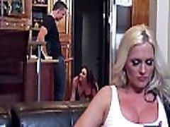 तीन Sluty सींग का बना हुआ सवारी करने के लिए प्यार gay daddy sleep डिक वीडियो-05