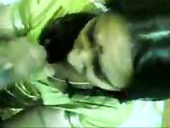 Indian boso sa nagkakantotan pinay saree wife giving blowjob to his bf