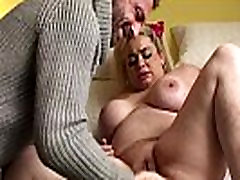 Squirting two blonde kissing webcam slut toying her drippy vagina
