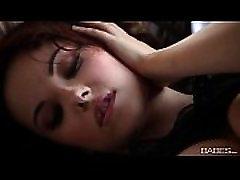 Babes.com - BREATHTAKING LIZ - Elizabeth Marx