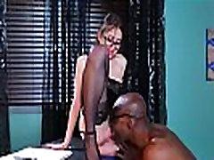 Perv Doctor Give Sex Treat For Horny Sluty Patient Riley Reid mov-26