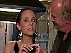 Je&039s povabljeni na cuckolding z mlado ženo