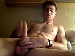 Horny twink waiting On Cam- livecamly.com