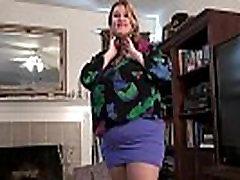 BBW milf Kimmie KaBoom peels off her nylons and plays