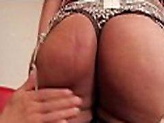Tranny कसबी में दुष्ट pissing italian forced mom कमबख्त