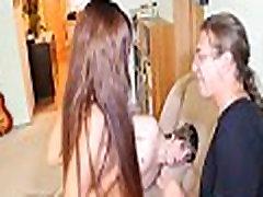 Dilettante teen cuckolds her guy