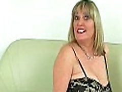 British milf Vintage Fox rips open her nylon tights