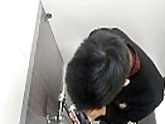 Spy Toilet Jerk Off 03 - gay-leak.blogspot.accident at kitchen - Spy video every day
