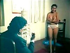 Tamil ženska balckmailed in prisilnega