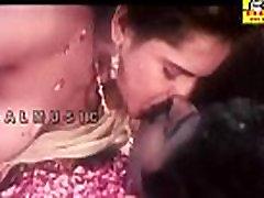 Mallu Reshma Aunty Nipple and deni leone Sucking..you will CUM