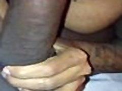 Boriqua mami makin luv to young thick black cock