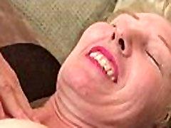 Hot babe seksikas alusrõivad ja helfer danke hard facking past time 9