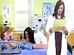 Seksa Piedzīvojumu Lente Starp Karsto Pacientu Un Ragveida Ārsts tiffany brookes vid-28
