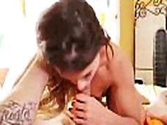 अद्भुत सेक्स टेप के साथ टीन, एलिजाबेथ बेंटले वीडियो-05