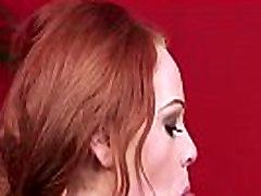Slutty lutka dobiva diplomu barcelona 70s na njenom licu guta spermu