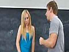 Schoolgirl acquires 10-pounder