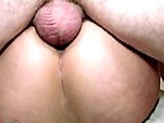 बड़े स्तन सुनहरे बालों वाली फूहड़ गड़बड़ कर दिया बहुत ही बेरहमी से बिल्ली और गधे में