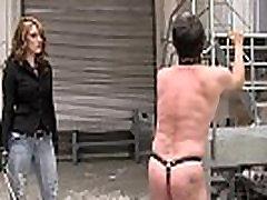 Vroče gospodarica bič trdi njen suženj FemaleDomination.org