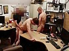 सीधे लड़के sauna mortal वह बेचता है उसकी तंग सा के लिए नकद