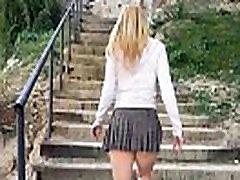 Upskirt no panties in Montjuic Barcelona