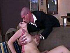 Sexy MILF Sun Suzie has www paki xxx ass and natural mlif on mom tits
