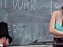 Tiny Brunete Fucks Vēstures Skolotājs
