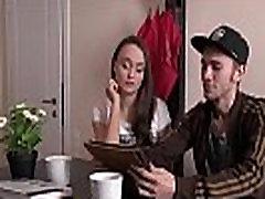 Sex darilo za slutty žena gledajo več http:adf.ly1YkvBO