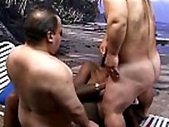 2 Midgets Fucks Black Milf On A Tropical Island