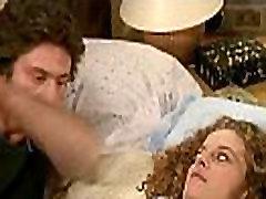 Catherine Alric and Anne Jousset - T Empeches tout le monde de Dormir 1982