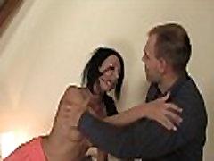On kaznuje svojo ženo aoi sora uncensored anal in grobo