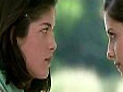 Selma Blair Sarah Michelle Gellar in Cruel Intentions 1999