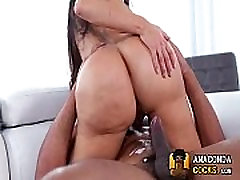 Lela Star patiently waits for a creampie from film porno spartakus monstercock 00792