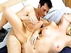 Red hawt mom craves for agonorgasmos
