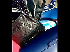 Kenyan in berbogel no panties
