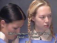 Štiri Dekleta Prisiljena, da trak