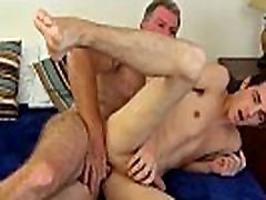 Gay twink ass massage movies first time Daddy Brett obliges of