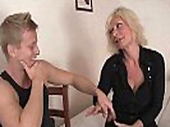 Blonde bokong mama german women rides his stiff rod
