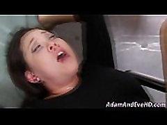Asian babe deepthroats