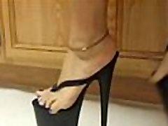 Asian feet in platforms- Tastycamz.com