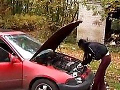 Teen Abused And body bilder leady On Her Car - http:sh.stn5u4F