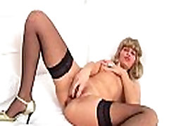European linux maze slut chubby lesbo xxxs toys up her pussy and ass More on: 18CAMS.CO