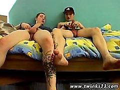Hot twink Straight Buddies Smoke Sex!