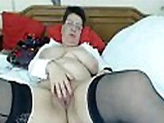 Chrissy: Free Mature &amp MILF Porn Video dd