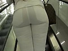 wb bubble butt round hottie bows whooty in white jeans shopping